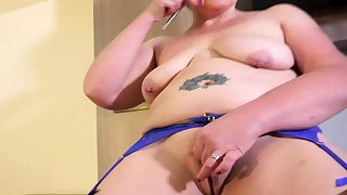 EuropeMaturE British Matured Desolate Masturbation