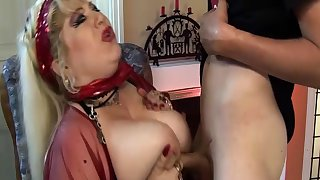 perforated bbw mom deep fisted by stepson