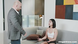Lady Dee is a sex kitten you need to see getting hammered abiding