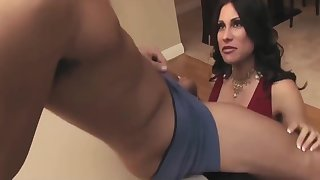 A Busty Milf Seduced And Fucked A Young Stud