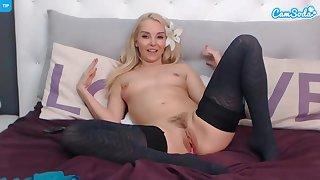 webcam girl with small boobies makes me cum again!