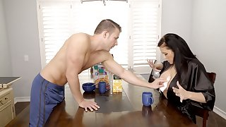 Marvelous big breasted sexy MILF Reagan Foxx thirsts to be fucked doggy style