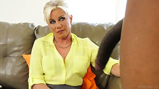 Sexy cougar Payton Hall bangs her black what really happened whose cock is too obese