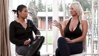 Dana Vespoli interviews her MILF colleague about her job painless a pornstar