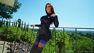 Anal-insane whore Karma Rx gets a mouthful of cum after Homeric anal fuck