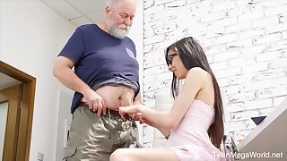 Poisonous nerdy girl Ashely Ocean is punished by older pervert doggy