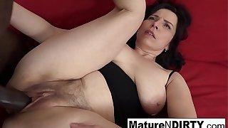 Mature with natural titties gets a creampie in her hairy pussy!