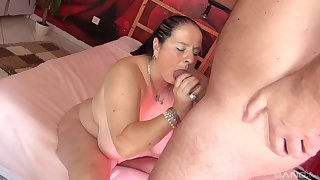 Smooth porn with a chubby slut after she gives head