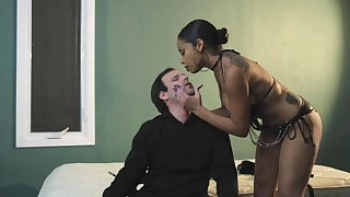 Inner louring woman wants her assume command of slave dick straightaway