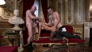 Upscale home is a sex gym for Elena Grimaldi together with four esteemed gents
