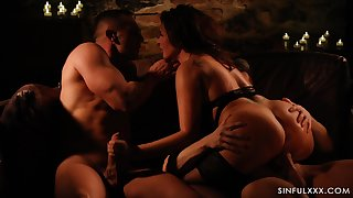 Jerking weasel words after a long time giving a ride to another dick is fun be worthwhile for horny Anna Polina