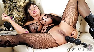Tanned whorish MILF Ava Devine has some anal beads for her solo show