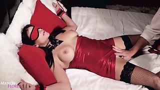 Mandy Fl0res-tied Tailback Daddy